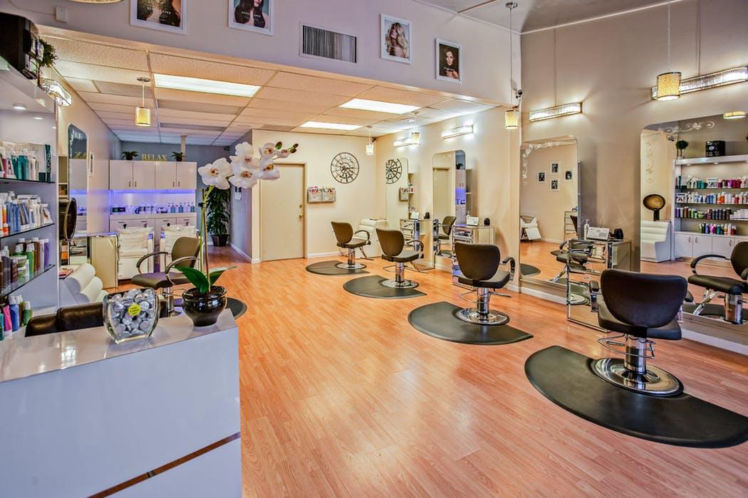 Beauty salon with beauty insurance